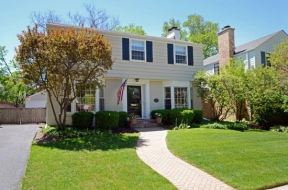 Wilmette, IL listed by Annie Flanagan